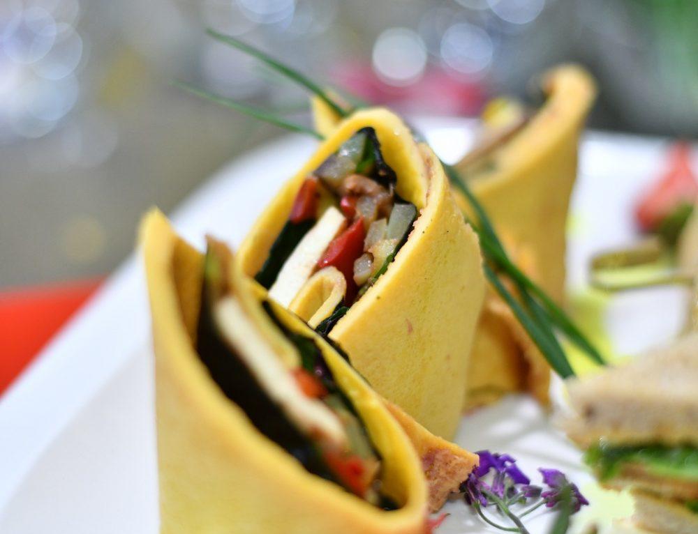 Strawberry-Tofu Egg Wrap by Luka Chef